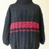 真冬のセーターを編みました。