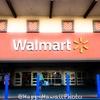 ハワイっぽいWalmartの外観にちょっぴりテンションが上がりましたよ。