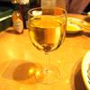 サイゼリヤでファミレス飲み初体験。お酒がワインとビールでイイなら絶対おすすめ。