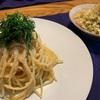 明太子パスタとキャベツとお揚げとちくわの和風サラダ