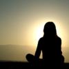 瞑想と聞くと何だか難しそうだけど、案外さりげなく出来るものです。