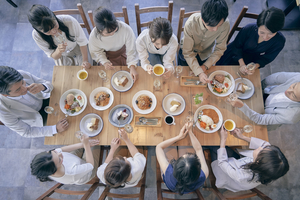 【企業向け新型コロナウイルス対策情報】第38回~飲食店を利用する際に注意したいこと