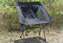 流行りのキャンプ用チェアを選ぶ時に、耐久性や強度を重視してこだわりたいこと