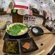 一人でサクッと食べるもつ鍋、博多駅前の「もつ鍋 おおやま」(カウンターKITTE博多店)