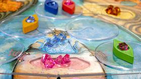 家族で楽しめるおすすめボードゲーム!「ナイアガラ」のギミックが楽しい(8歳~大人まで)