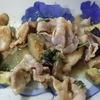 幸運な病のレシピ( 559 )朝:鳥カツ、エビ唐揚げ、紫蘇入り豚と丸茄子の味噌炒め、モツ煮、塩サバ焼