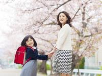 妊娠後期に卒園式&入学式に出席予定。マタニティウェアはどうしよう……