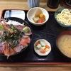 分厚く新鮮なお刺身がたくさん載ったコスパのいい海鮮丼~早舟~