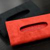 ウルトラスエードTORAY (アルカンターラ同素材) を採用したフェラーリ488GTB/スパイダー専用ティッシュケース/カバーを開発中