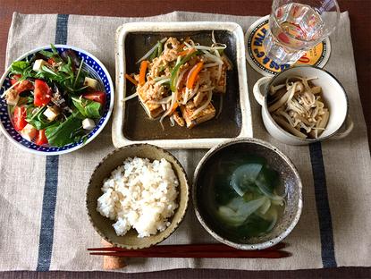糖尿病予防に。簡単!豆腐ステーキと麦ごはんの献立-気楽においしく、病気の予防レシピ-syunkonからだに優しいごはん(山本 ゆりさんコラム-第4回)