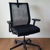 SteelcaseのThink Chairレビュー。中古を8年使ってヘッドレストも追加
