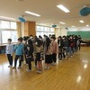 5年生:記念撮影の練習 月曜日は鳳来寺山デイキャンプ