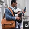 8割のイギリス企業で、女性は男性より安い時給、育児離職が主原因