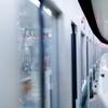 メタボ腹を凹ませるには、通勤電車の中ダイエットが効果的な件