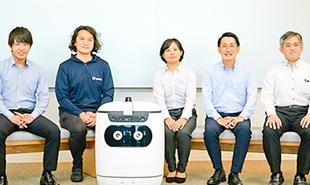 自律走行型配送ロボット「RICE」がセブン-イレブンの商品をオフィスの各階までお届け