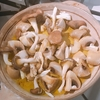 秋から絶対食べたいキノコの熱々ホクホクアヒージョ