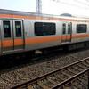 電車が停まって、蒸し風呂状態になりかけた