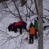 雪崩レスキュー訓練中