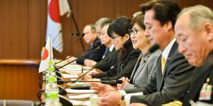 やはり、おかしいよ。稲田さんとその報道と国会の質疑