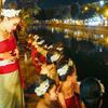 【チェンマイ】ロイクラトン祭りの華やかなパレード