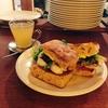 パーラー江古田のおいしすぎるサンドイッチを食べ納め。フォカッチャで焼き野菜とゴーダチーズのサンド&きんかんはちみつをモーニングにいただきました!