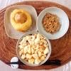 麻婆豆腐丼、じゃがいもかまぼこ、小粒納豆。