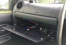 電動でスライド格納するテーブルの自作。ジムニーの助手席をステッピングモーターで豪華にします