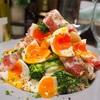 【レシピ】半熟卵が魅力♡鶏ハムと生ハムのブロッコリーサラダ♡