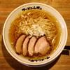 ラーメンを食べに行く  『ラーメン ムギュ Vol1 本店』 ~今年オープンの注目の新店に初訪麺です~