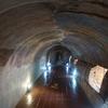 16番 次はトンネルの中にブッダ!公園内のほの暗いトンネルの中にあるお寺