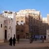 イエメン・ハドラマウトにある摩天楼都市シバームの中を散策
