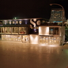 SO.TABLE KOBE 0330 ポートタワーが雨で濡れた路面に反射する夜景 (雨やんで失敗w)