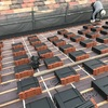 屋根工事現場