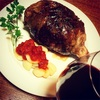誕生日パーティーでマンモス肉をはジンファンデルで!【マンモス肉風・スペアリブのハンバーグ】