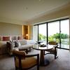 ハレクラニ沖縄に泊まった。サンセットウィング50平米を誇る豪華スタンダードルームに大満足。