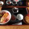 「海鮮丼(三色丼)」を食す(宮城県女川町)