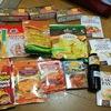シンガポールお土産はスーパーでお菓子と調味料を購入