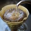 ハンドドリップのような美味しい珈琲を簡単に淹れられるプレミアムコーヒーメーカーはハリオV60