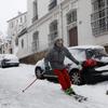 パリで31年振りに12㎝の大雪に!740㎞にも及ぶ大渋滞と日本の比じゃない!!