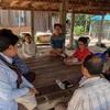 ヴィジョン実現に向けて、村のおっちゃん達と話す。