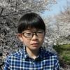 我が家の近所の野川の桜は満開で晴天の青い空に映えていました。武蔵境の桜は夕方にはもう散り始めていました。