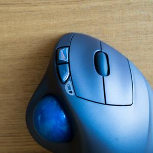 【親指がトラックボールの虜になる!】Amazonで1位の [ Logicool M570t ワイヤレストラックボールマウス ]に買い替えて2週間使い倒しました!