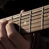 おすすめの有名ソロギタリストを5名紹介!初めてソロギターを知った人向け