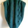 極太糸で編むアラン模様のスヌード【編み図と作り方】