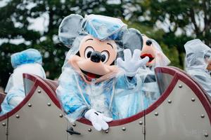 雨の日が楽しくなるディズニー傘(雨具)特集