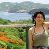 セントルシア 背景はピジョンアイランドのビーチ