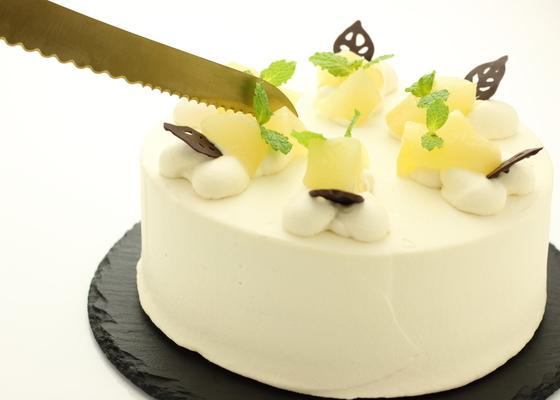 丸いケーキを一瞬で3等分に切り分ける! 一目置かれる数学マジック