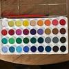 36色の水彩パレット