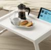 IKEAのベッドトレイは、ベッドでの作業を劇的にラクにする