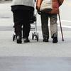 人手が足りない、未来の日本の介護現場はどうなってしまうのか?